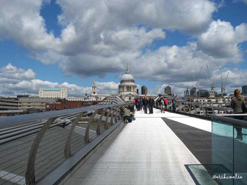 Millennium-Bridge