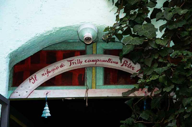 Calcata piccolo borgo incantato della tuscia viaggi del for Schierandosi dalla roccia in casa