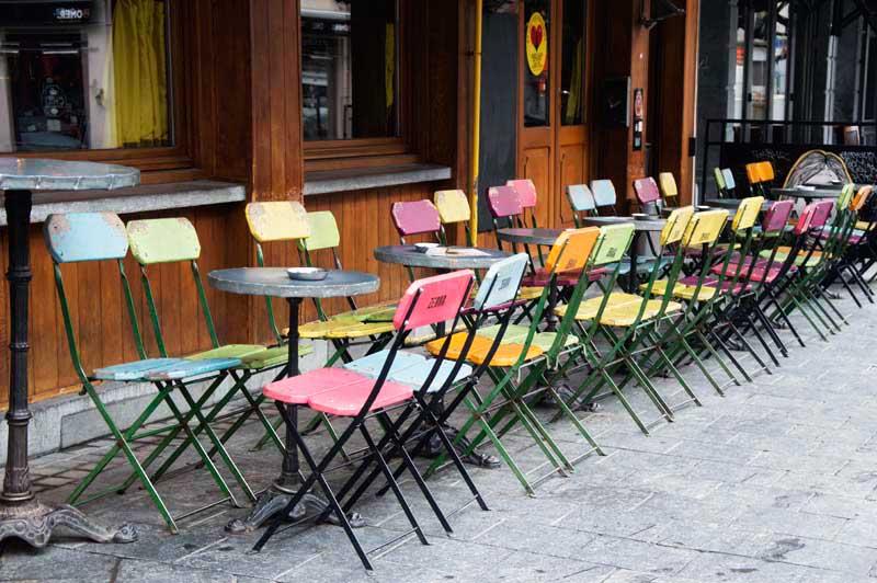 Tavolini a Saint Géry