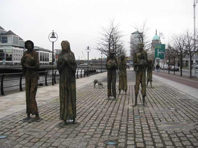 Famine-Statue